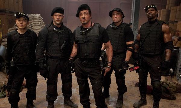 Los Mercenarios (Crítica) Los Indestructibles