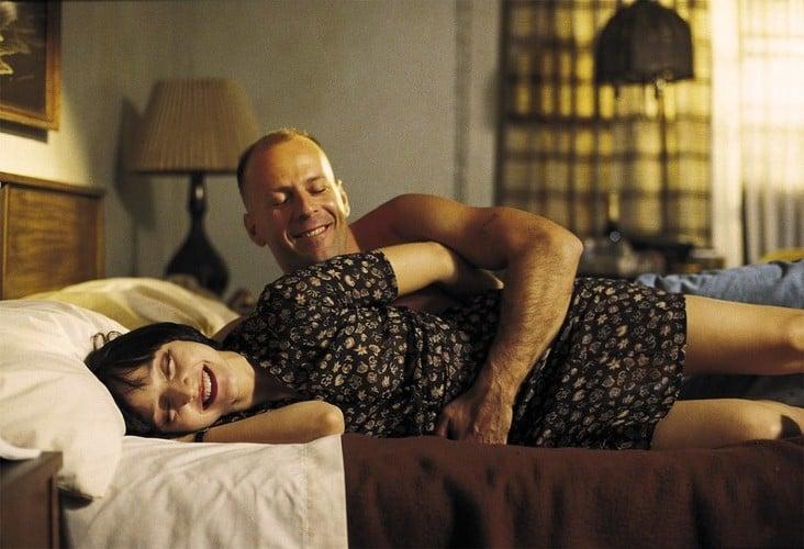 Maria de Medeiros y Bruce Willis