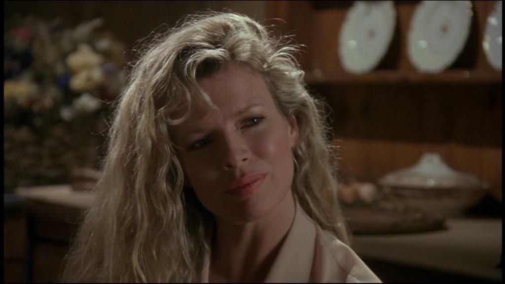 Vicki Vale 1989 Kim Basiger