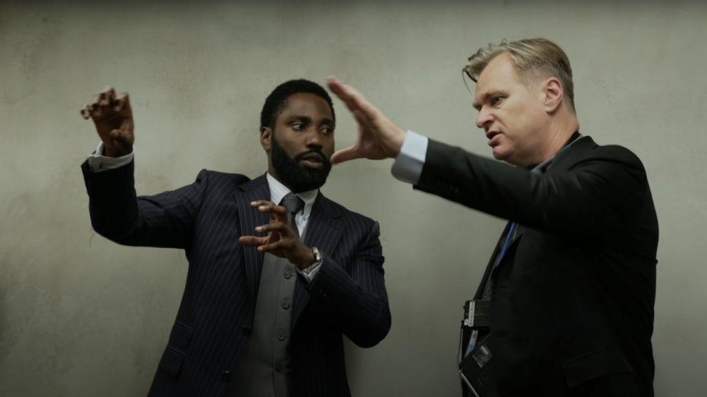 Nolan explicando a los actores sus películas