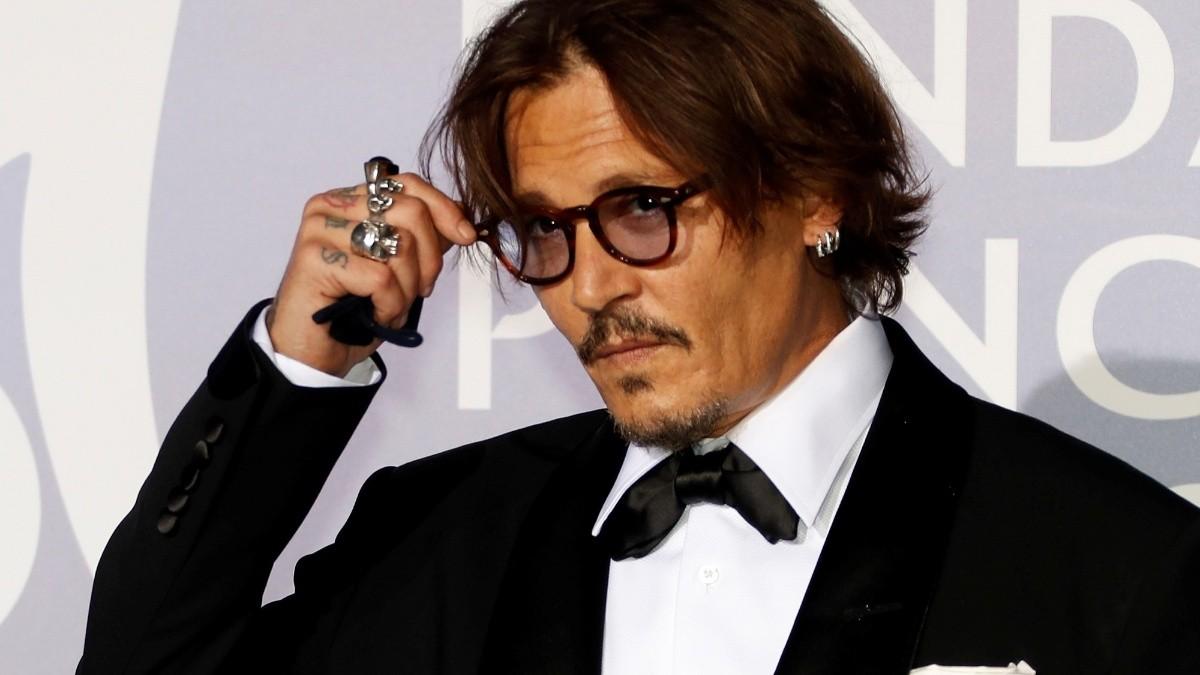 Johnny Depp no estar谩 en Animales fant谩sticos 3 la nueva pel铆cula de Harry Potter
